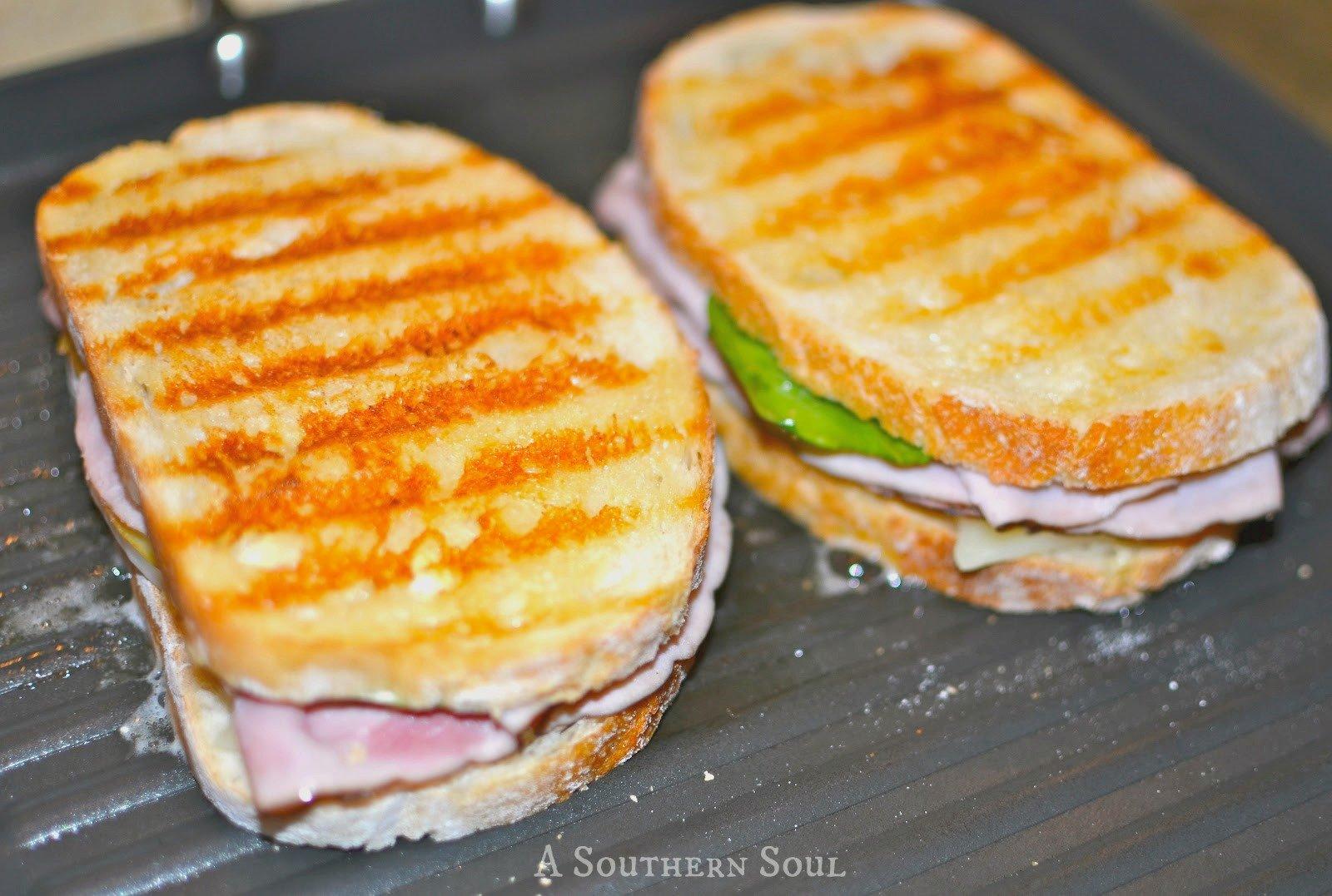 pannini-ham-sandwich-grillwm