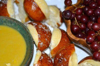Pretzel Rolls with Honey Mustard Sauce
