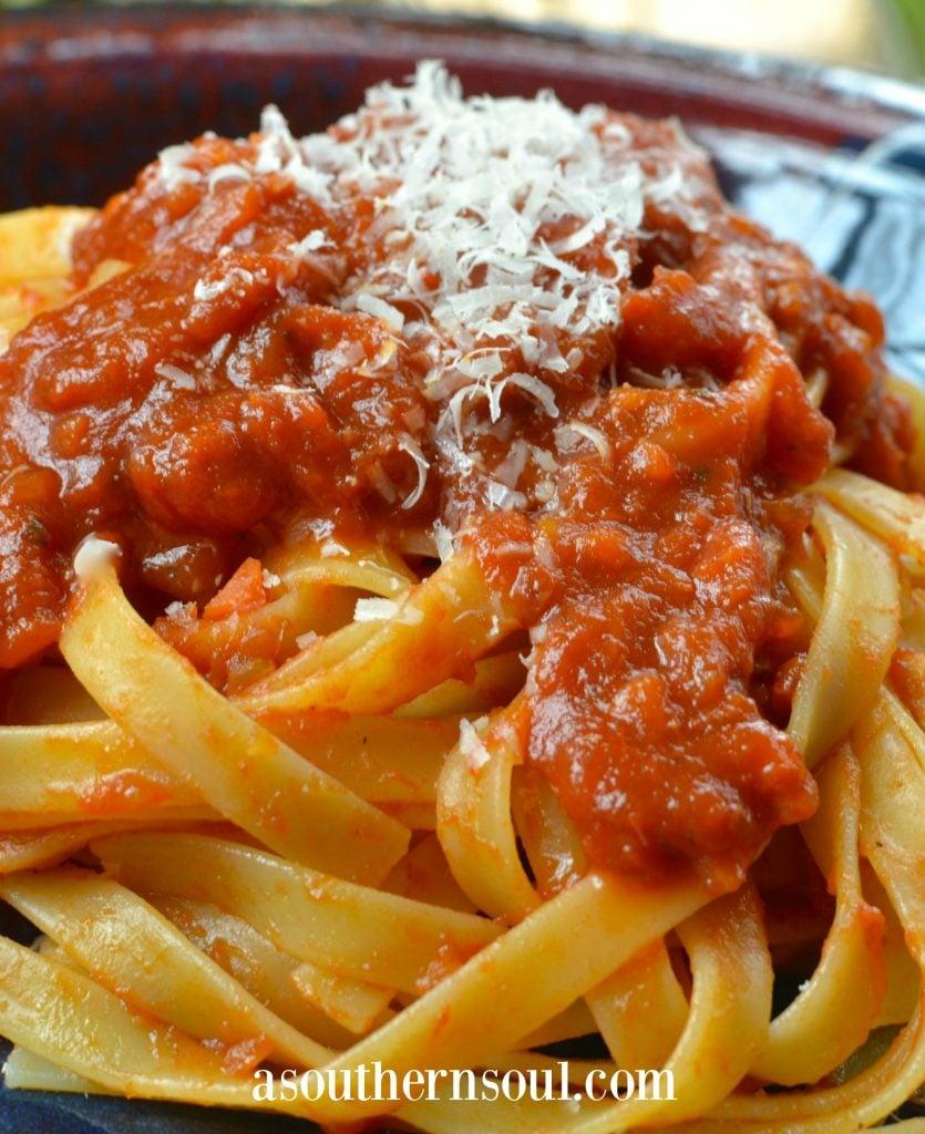 tomato sauce, tomatoes, pasta, pasta sauce