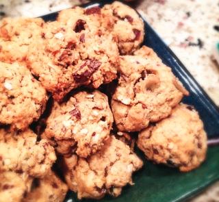 http://www.urbansacredgarden.com/2013/04/25/trail-mix-chocolate-oatmeal-energy-cookies/
