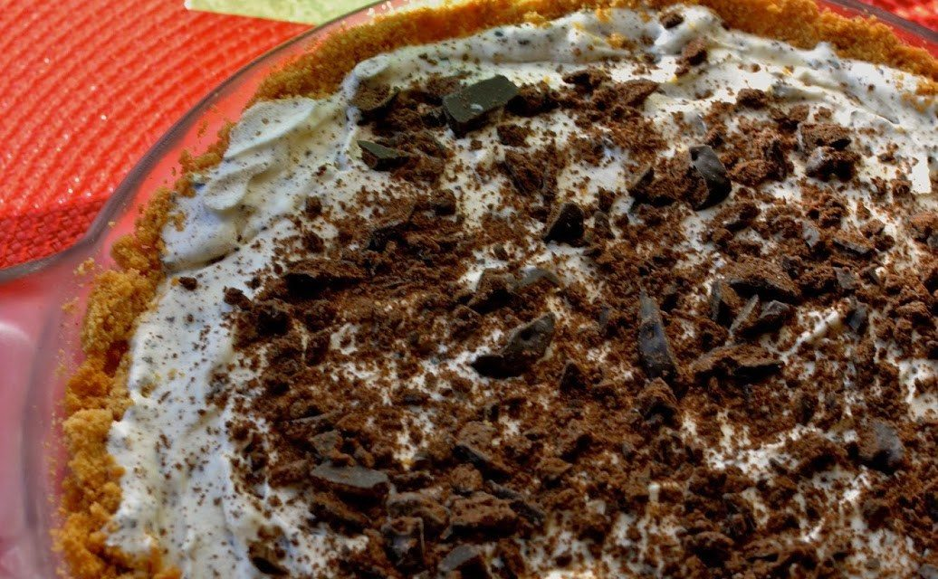 Thin Mints Ice Cream Pie