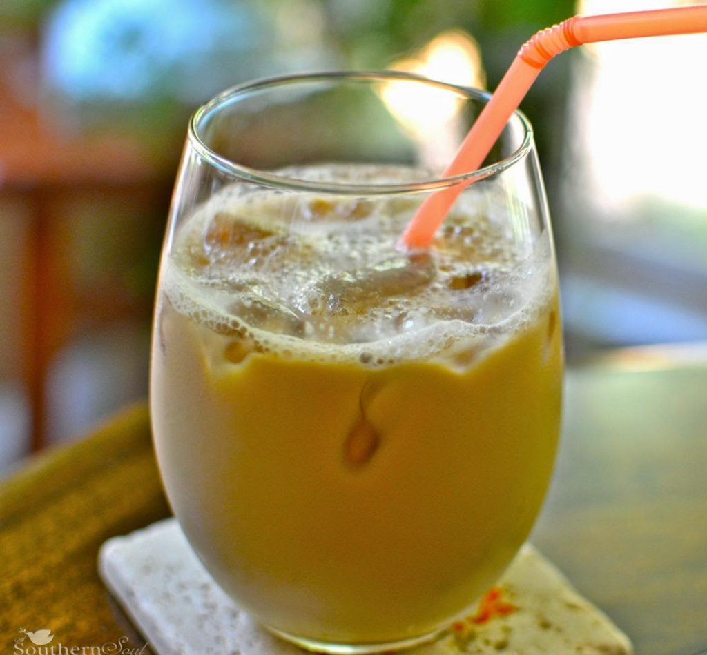 http://www.asouthernsoul.com/2012/06/26/iced-coffee-my-summertime-staple/