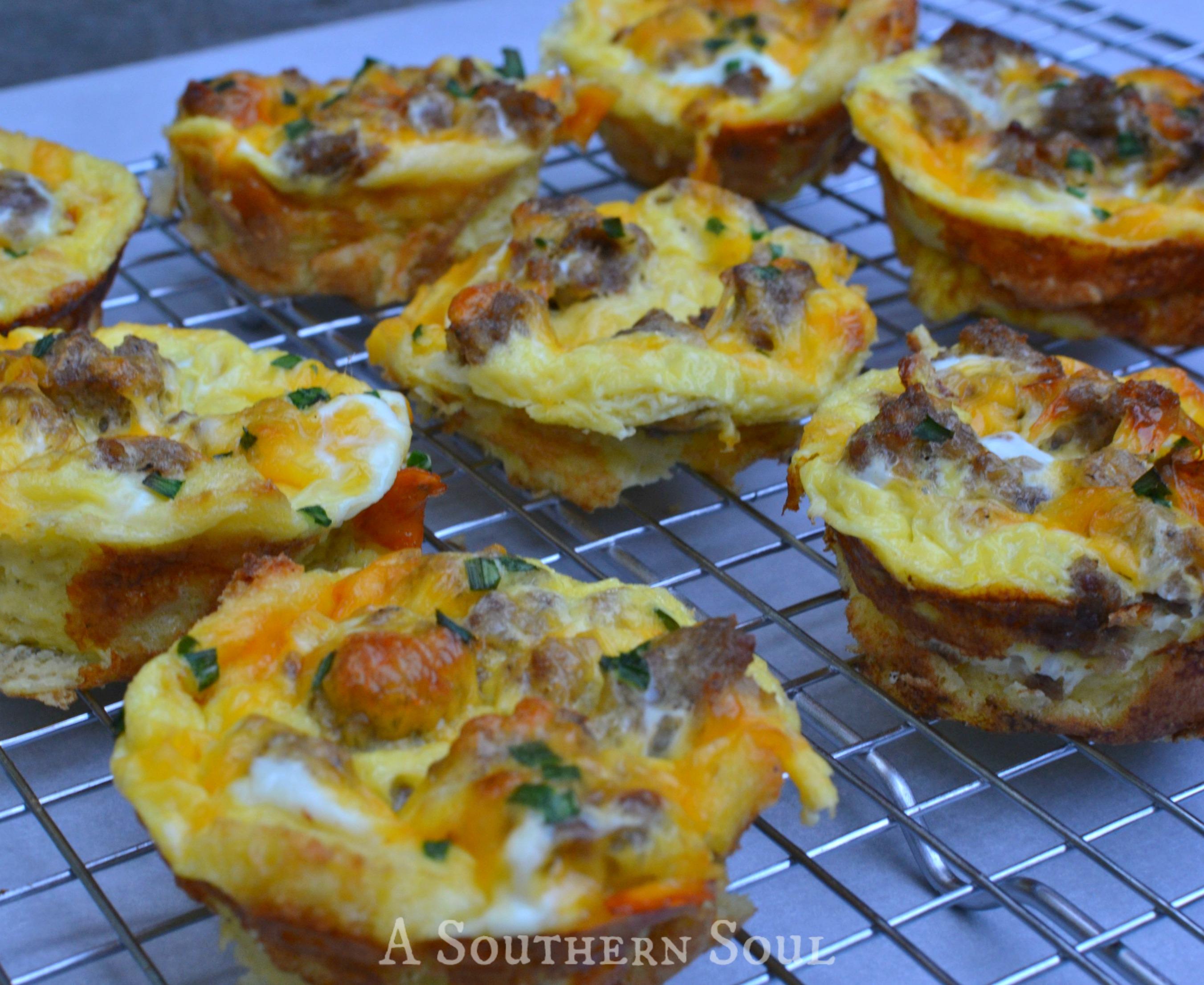 breakfast cupcakes sausWM
