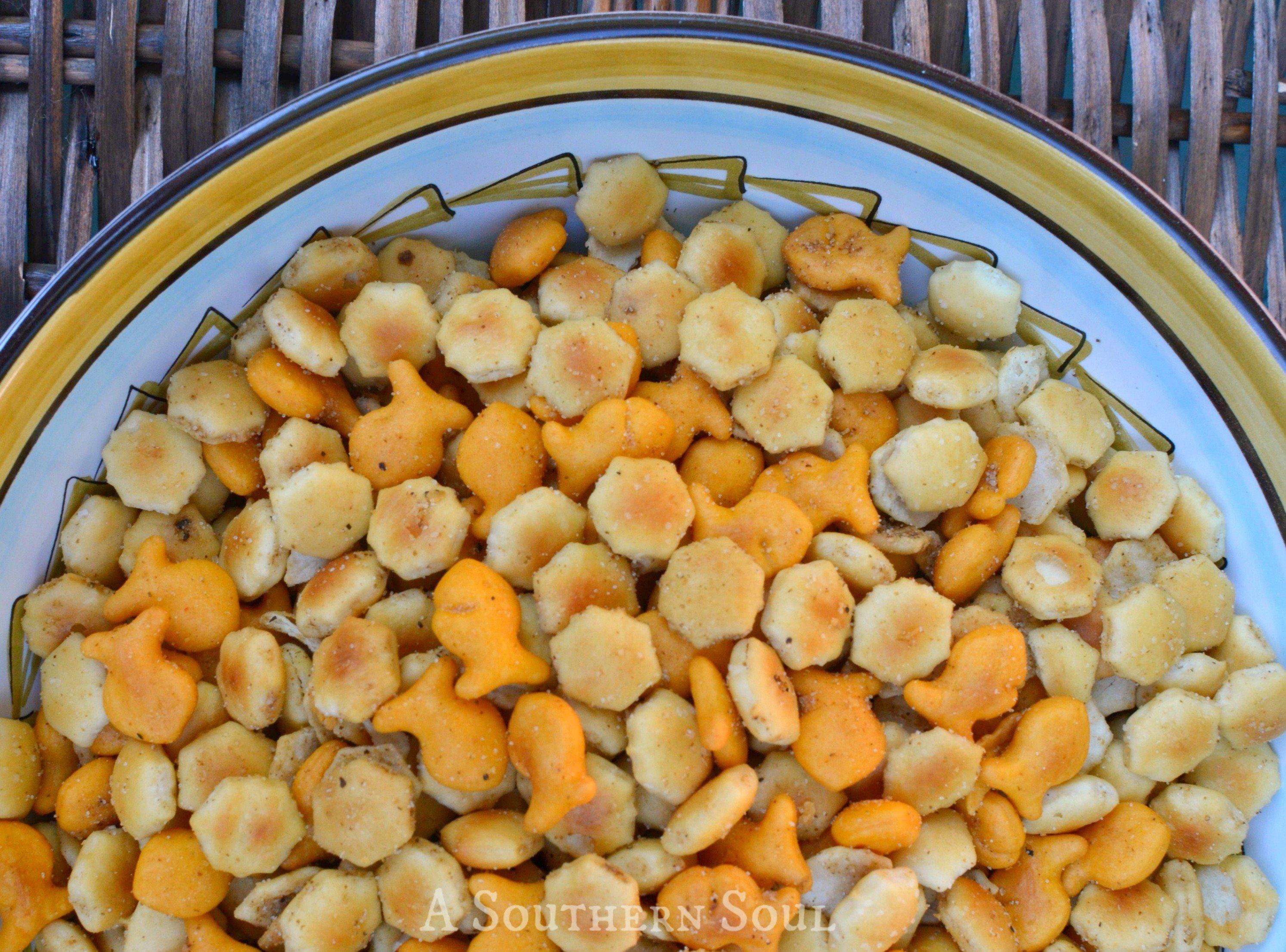 zesty crackers close halfWM