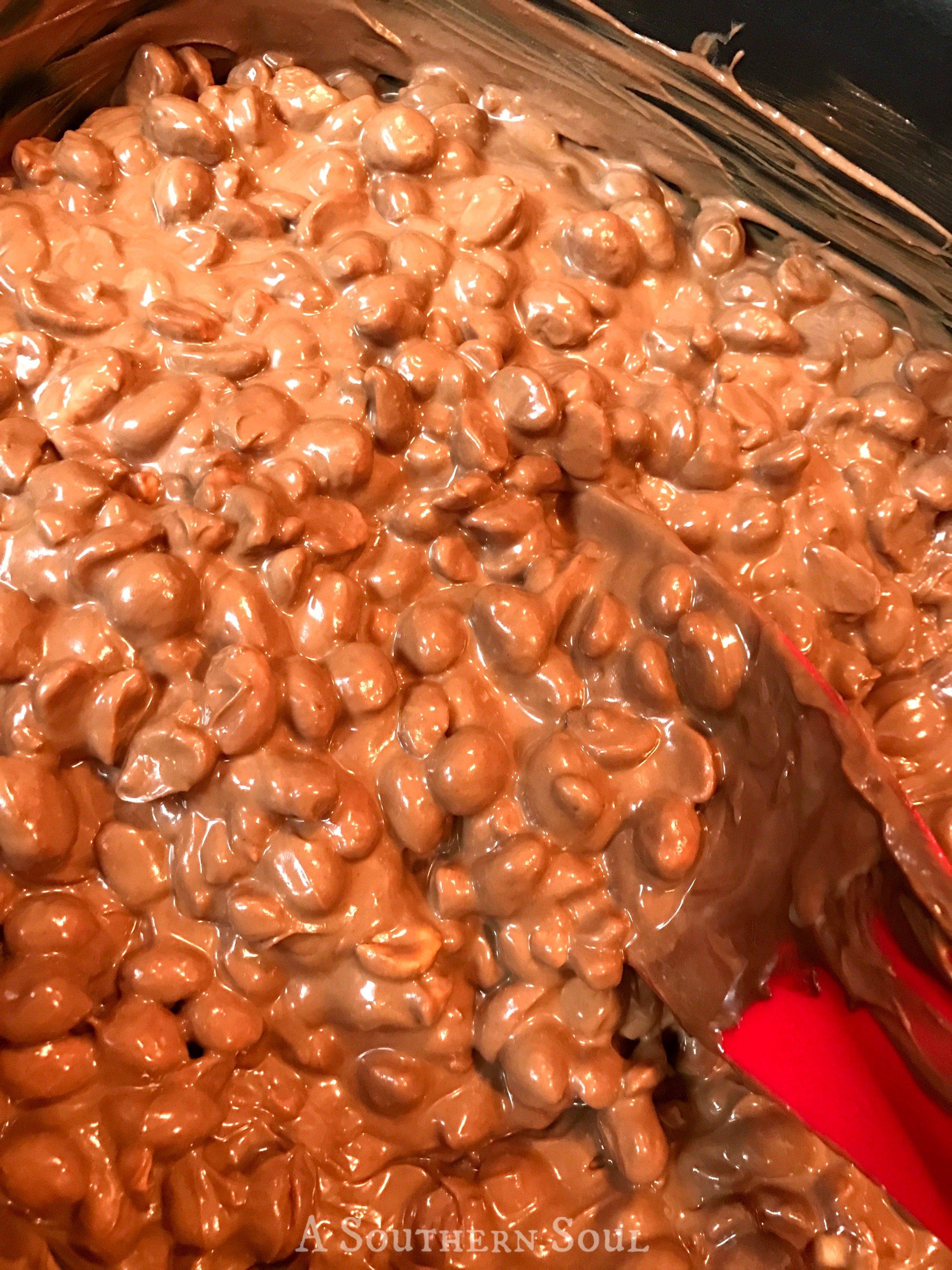 choco-peanuts-crock-potwm