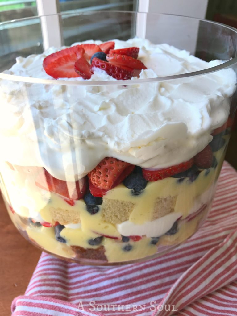 whipped cream berry trifle