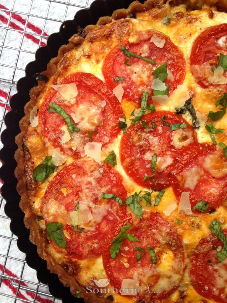 tomato pesto pie