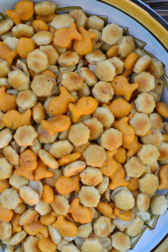 zesty crock pot crackers