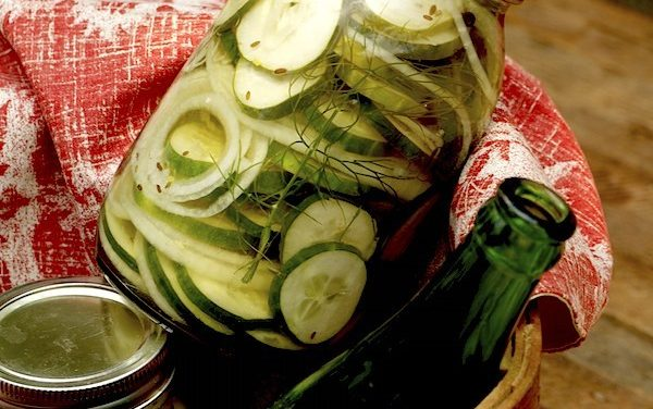 Meal Plan Monday #68 ~ Refrigerator Dill Pickles