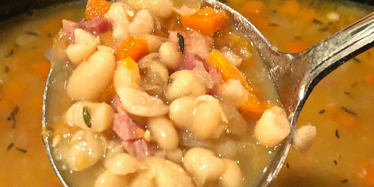 Slow Cooker Ham & White Bean Soup