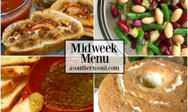 Midweek Menu #15 ~ Sausage & Pepperoni Stromboli