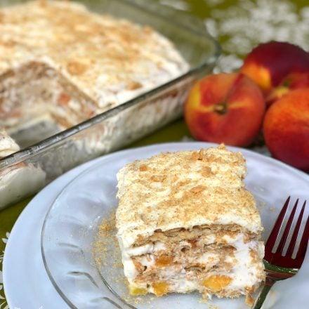 Peaches & Cream Icebox Cake #SummerDessertWeek