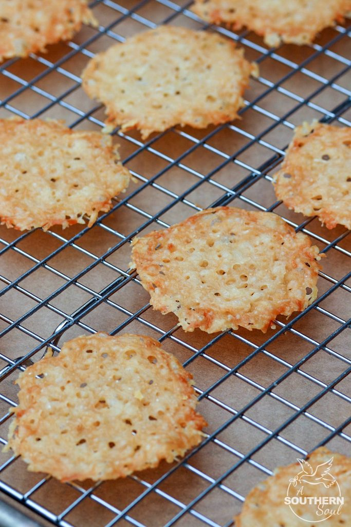 photo How to Make Parmesan Crisps