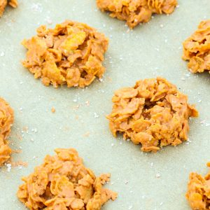 No Bake Butterscotch cookies are an easy to make sweet treat. Made with only three ingredients with a buttery, peanut butter flavor, they are super crunchy thanks to corn cereal!