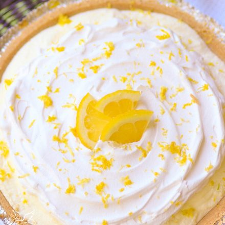 Classic Lemon Icebox Pie