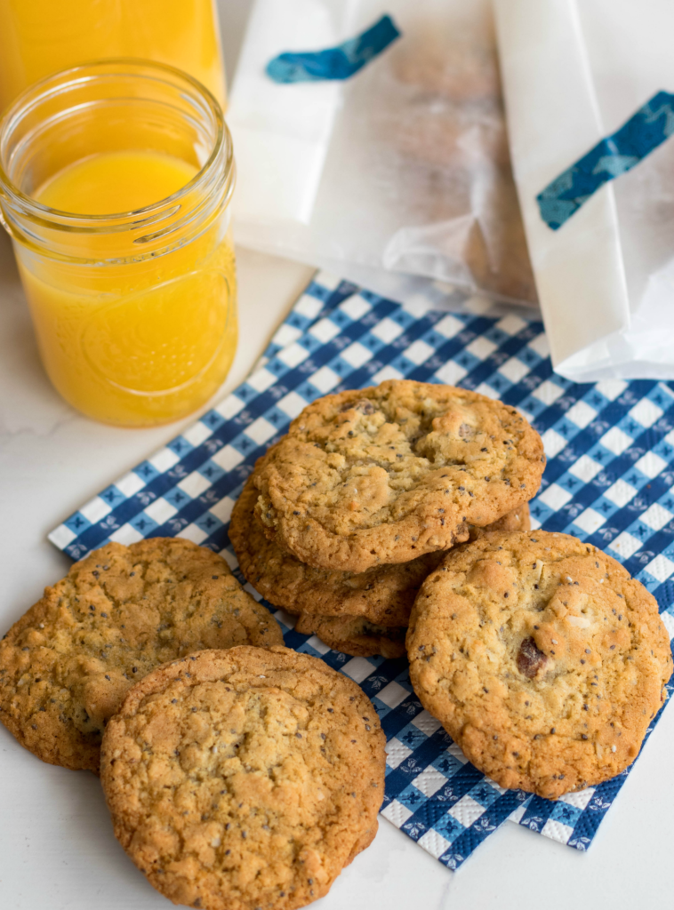 Oatmeal Breakfast Cookies are a great power packed treat to start your day! Made with brown sugar, butter, eggs, oatmeal, coconut, chia seeds and dates. An unexpected way to start the day.
